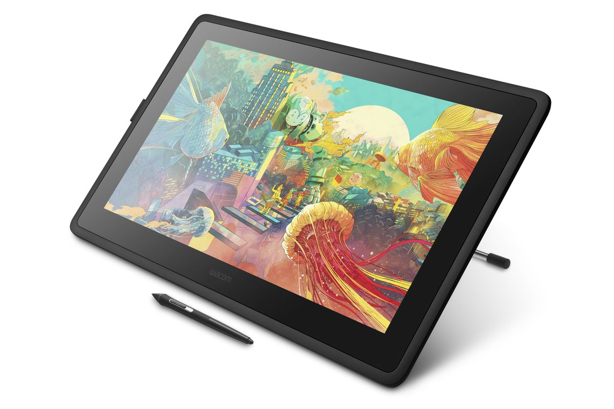 Cintiq_22_Elevated_Angle_View_right.0